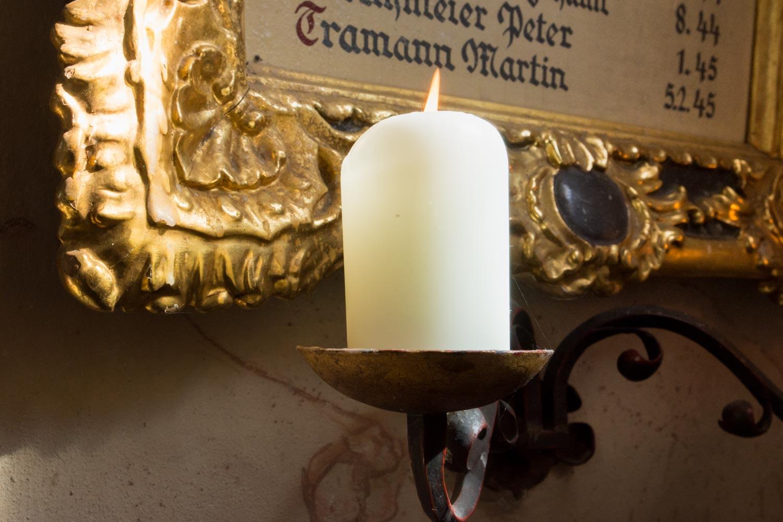 Detail aus der katholischen Kirche - Bayern. - Hochzeitsfotos