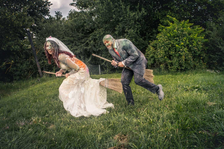 Das Trash the Dress am Alpaka Beach war der außergewöhnlichste Job für mich als Hochzeitsfotografin - Hochzeitsfotos
