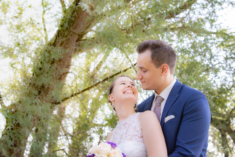 Der Schlosspark von Feldafing ist der perfekte Ort für ein traumhaftes Hochzeitsfoto