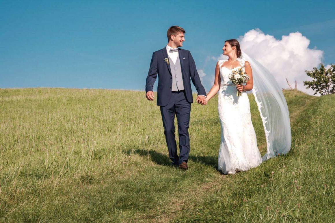 Hochzeit mit Alpenblick am Trachtenheim Irschenberg